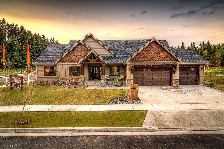 The Breckenridge | Aspen Homes #craftsmanstylehomes