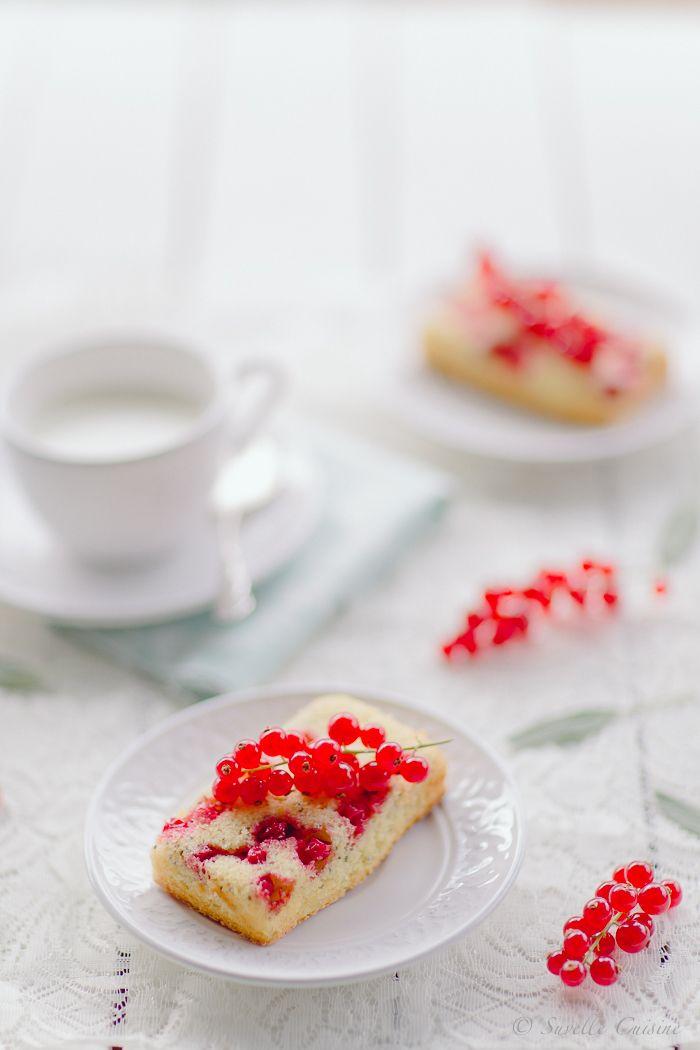 Red Currant and chia seed cakes * Bolinhos de Groselhas e chia  suvellecuisine.com