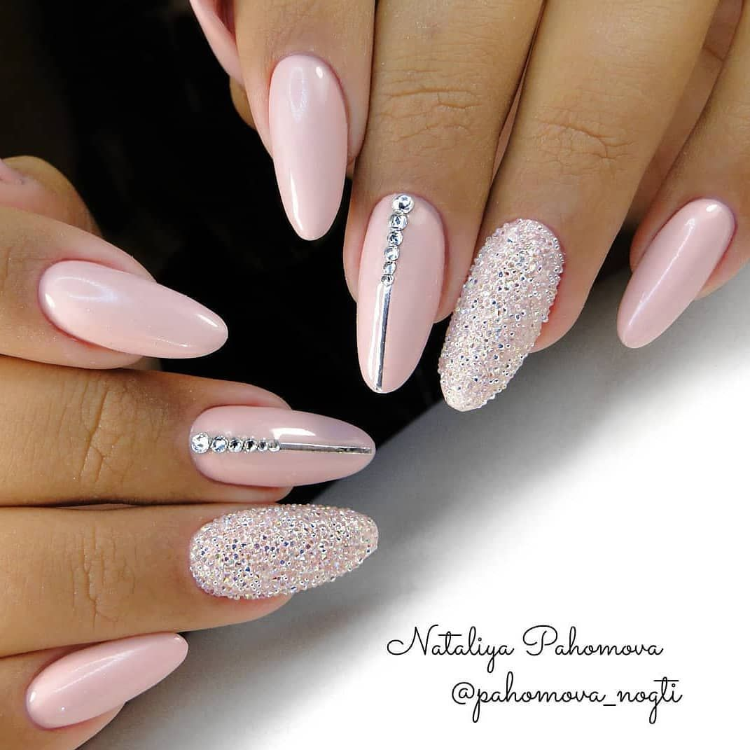 Beautiful And Stylish Light Pink Nails With Rhinestones For