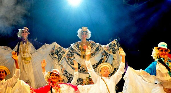 polleras-carnaval-panama