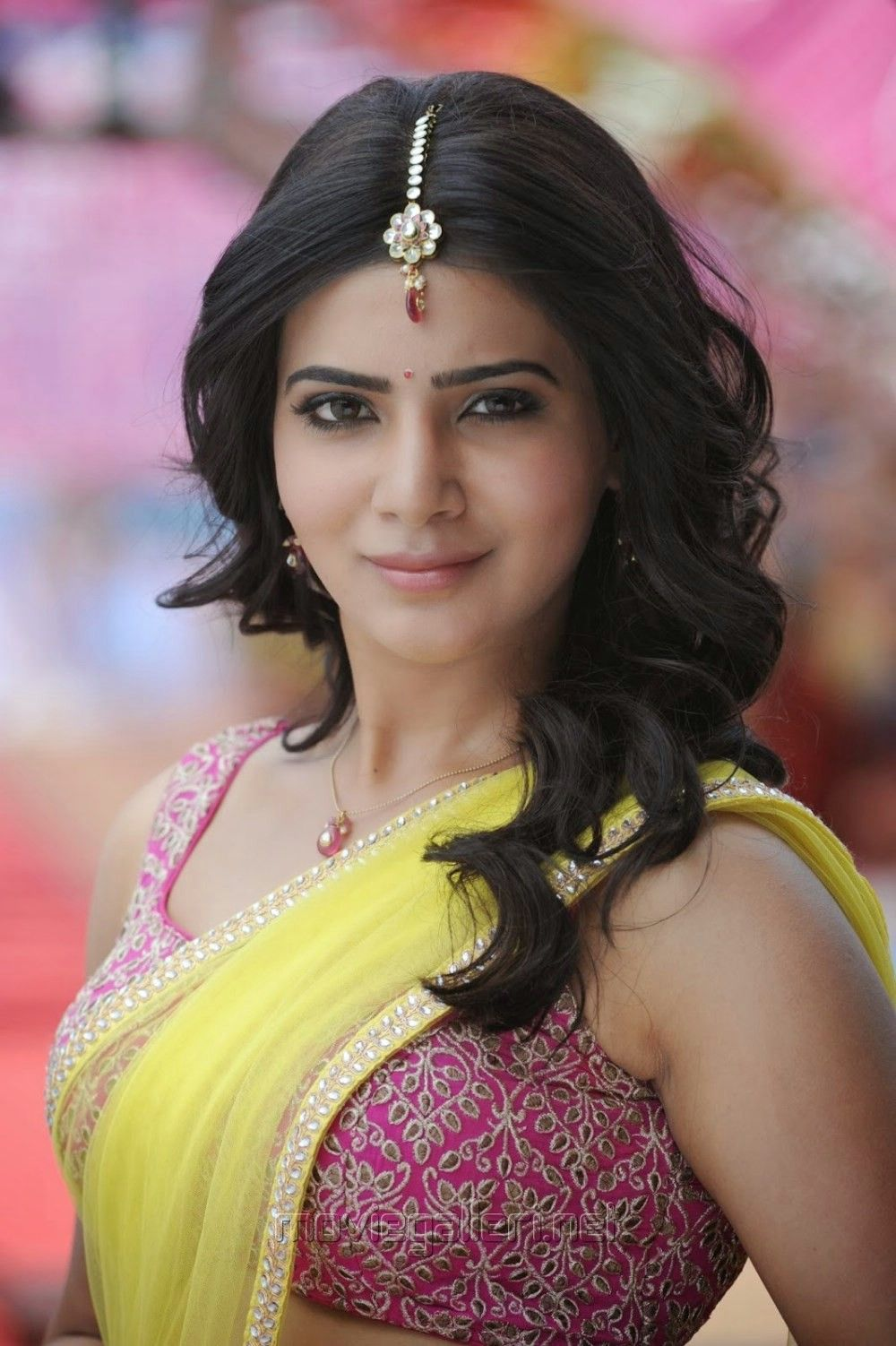 picture actress samantha hot images in ramayya | samantha