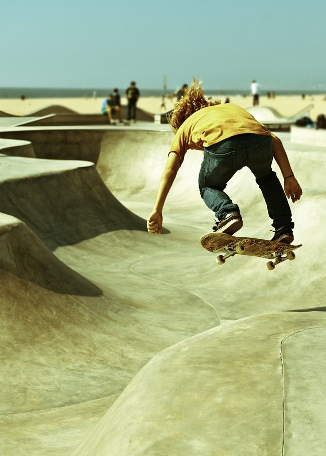 Los Angeles California Beaches -skater.. #LosAngeles #LA #beach #skateboarding #skatepark