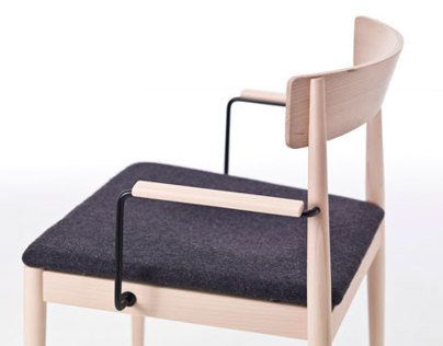 @Behance   ucBlanc Chair Very Woodud