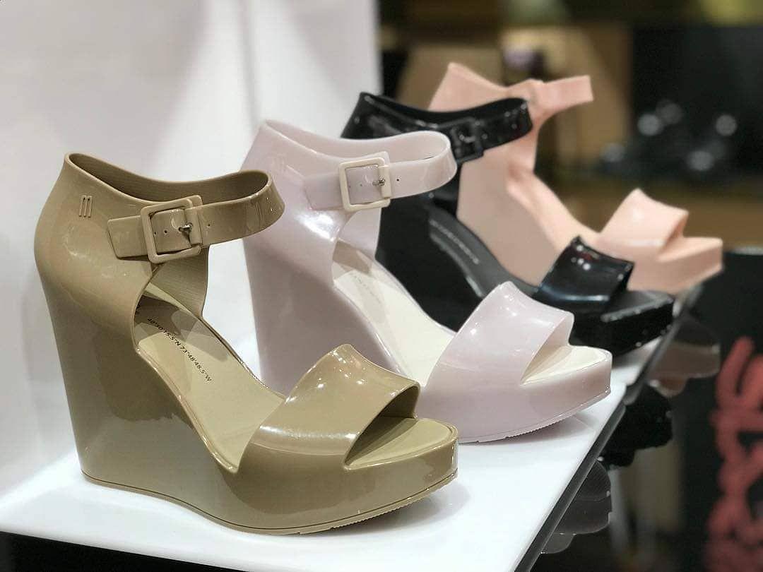 c6652632f Melissa Mar Wedge Ⓜ   Melissa in 2019   Looks, Sapatos, Sapatos ...