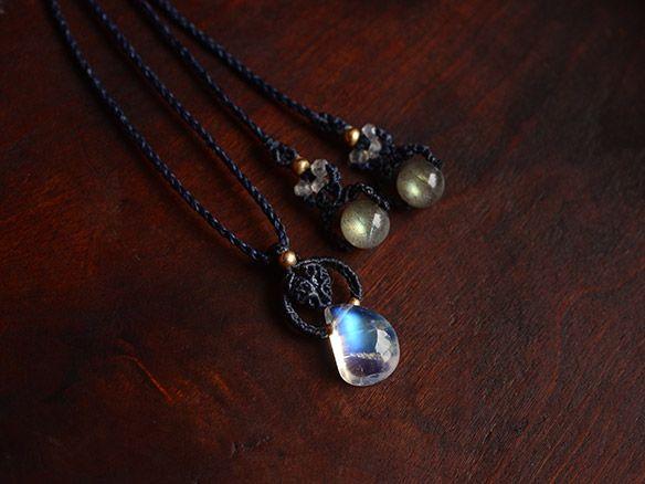 ムーンストーン(インド産)/天然石ペンダント - 天然石アクセサリー通販|ARTEMANO(アルテマノ)
