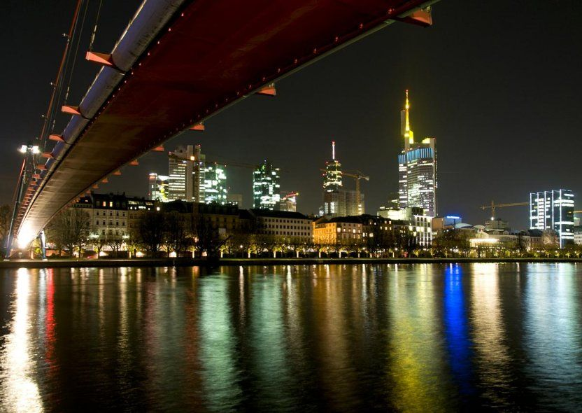 "Arte essenziale. Arte essenziale. ""Frankfurt"""
