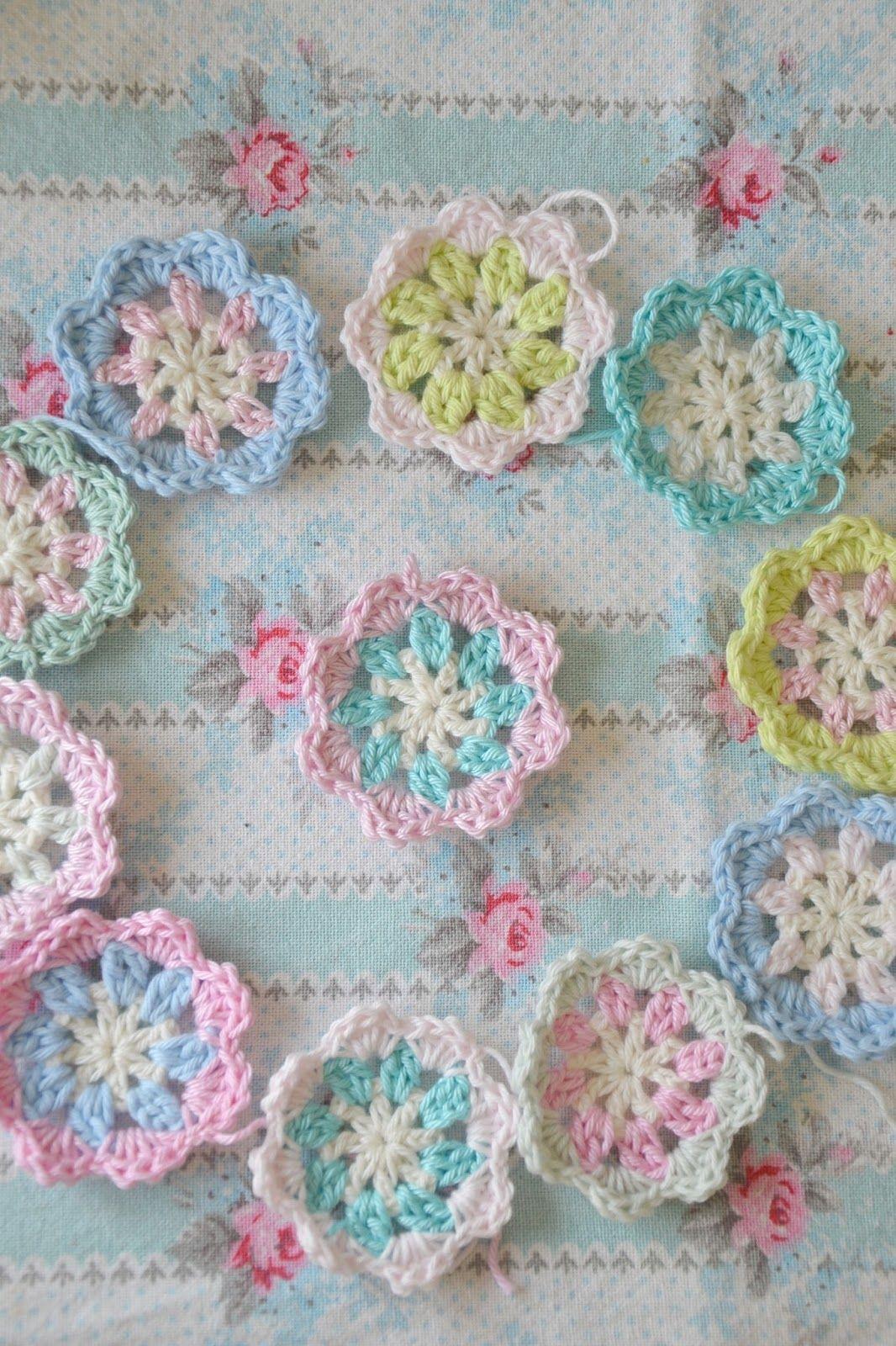 B.TREE | Crochet | Pinterest | Pastell, Blume und Muster