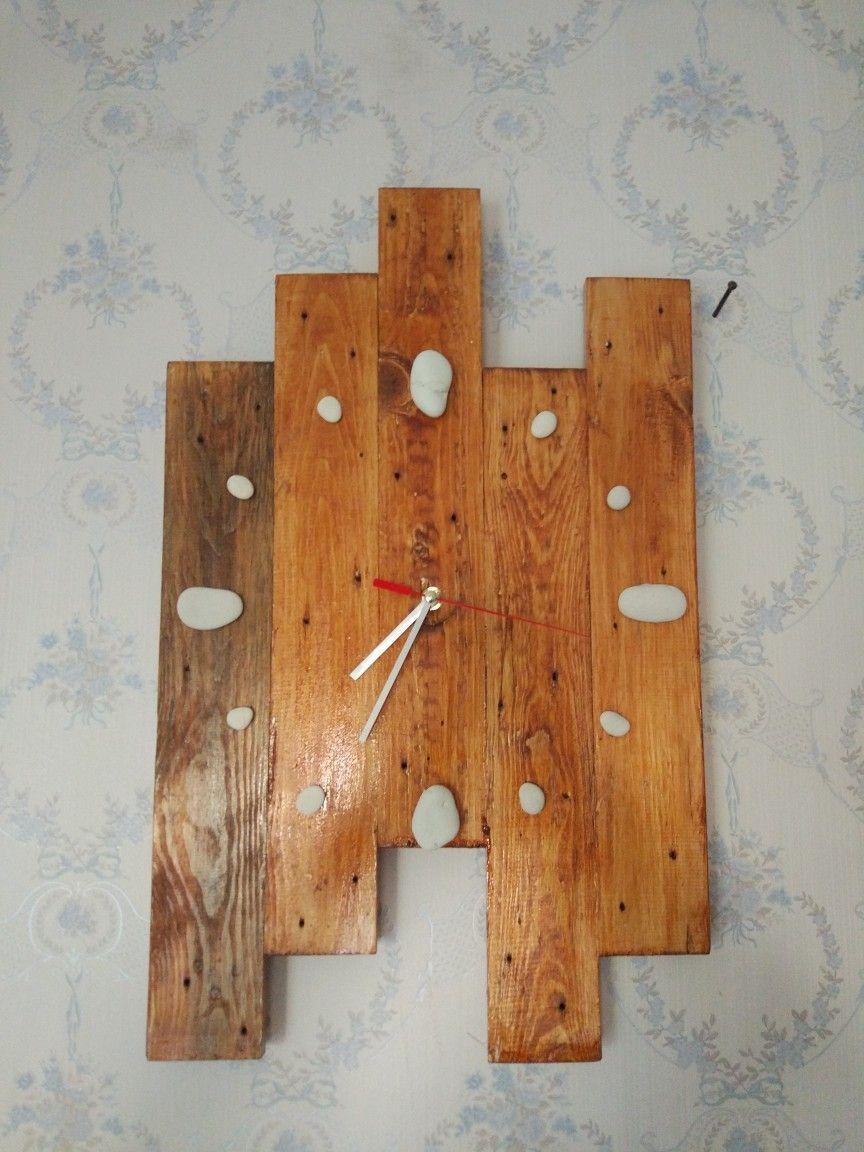 DIY Jam Dinding dari palet bekas. . Dinding, Jam dinding