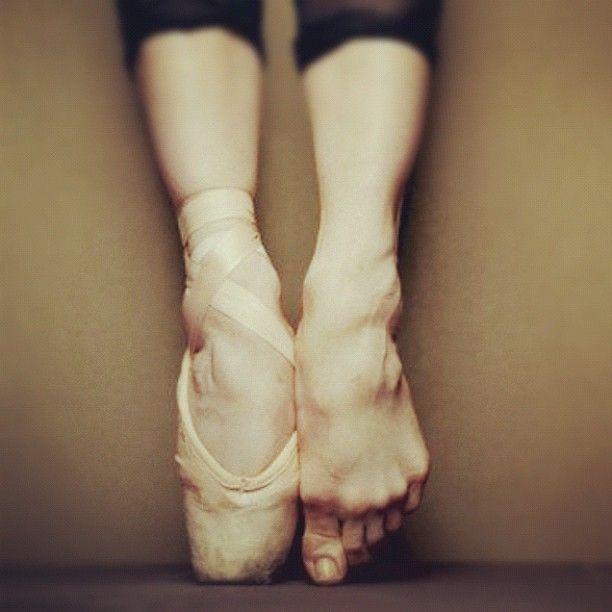 Resultado de imagem para ballerina feets