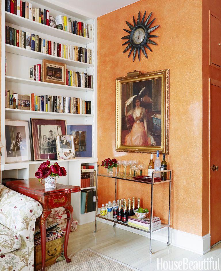 Justine Cushingu0027s bold apartment hasnu0027t changed much