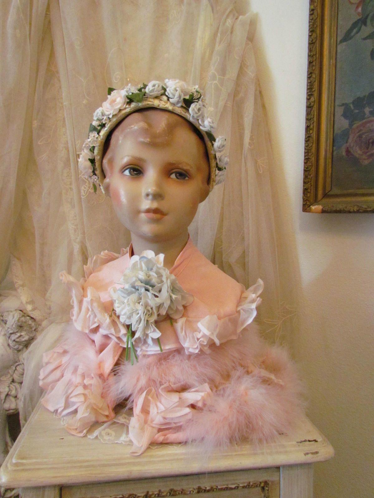 1920 39 s little girl mannequin bust life size mannequin le charme du rose de loulou mannequin. Black Bedroom Furniture Sets. Home Design Ideas