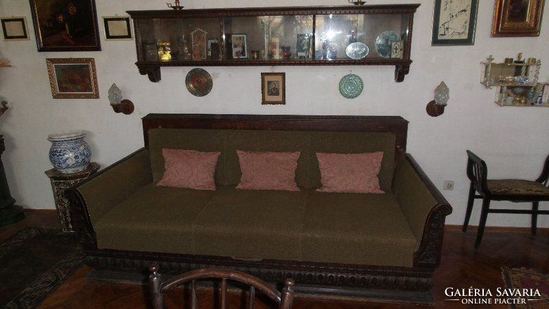 Antik kinyitható kanapé