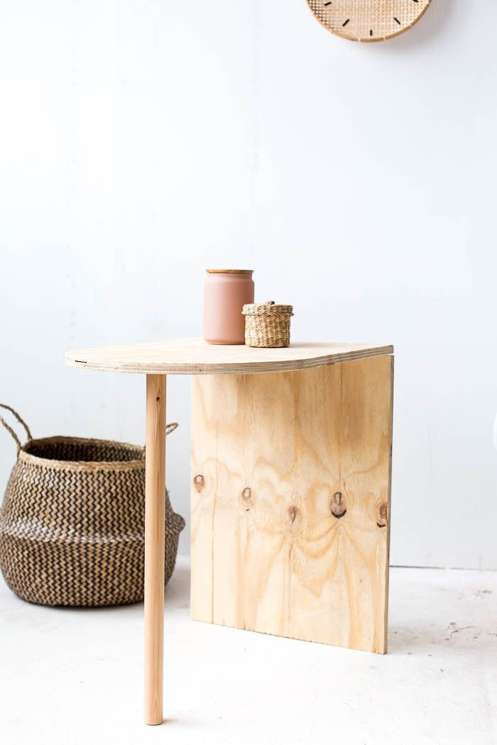 DIY Simple Side Table | Diy side table, Simple side tables