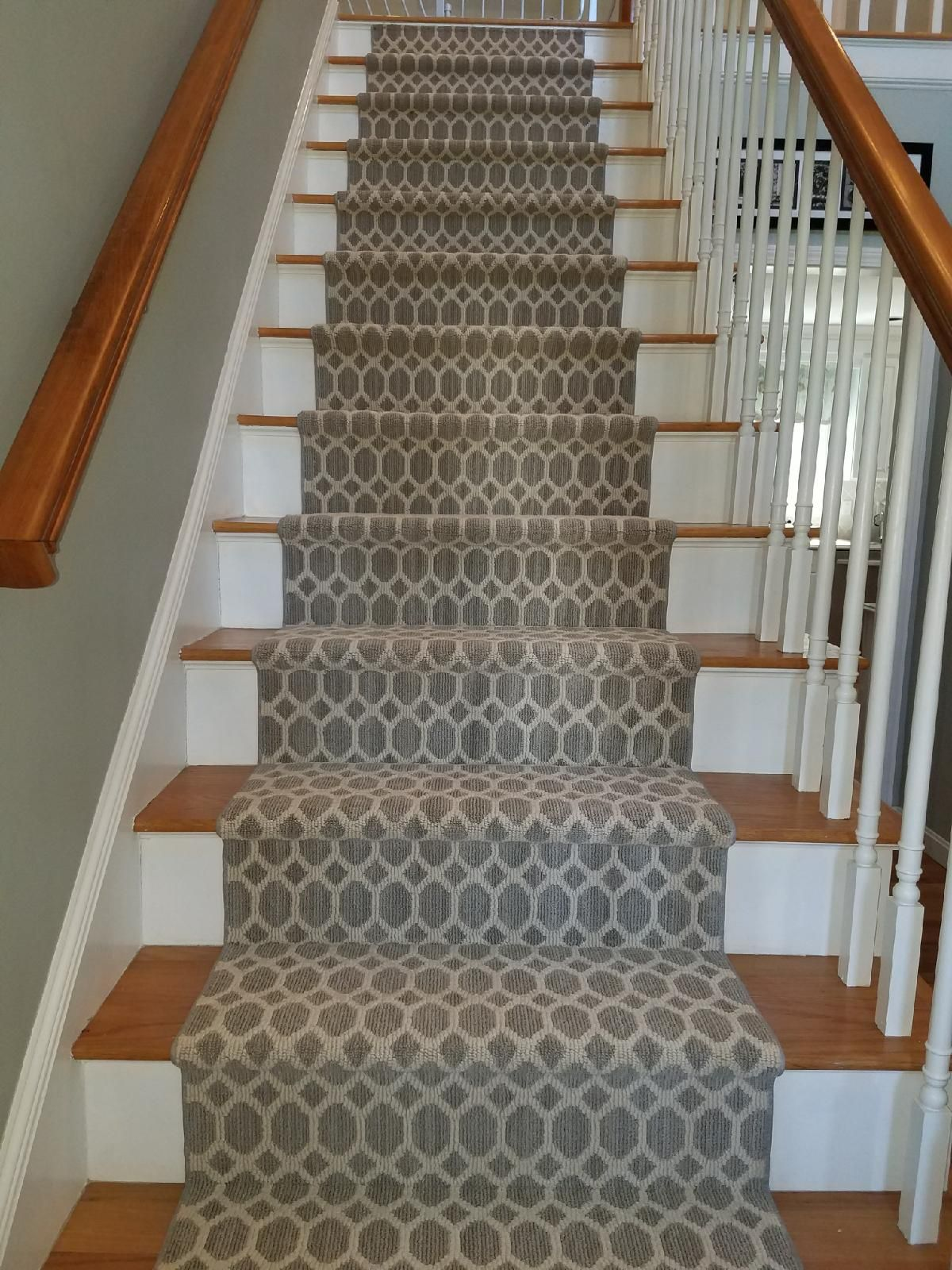 Best Tuftex Tracery Style Stair Runner Just Installed Stair 400 x 300