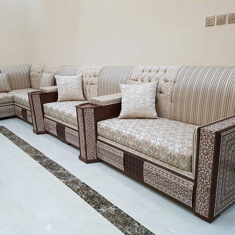 البيت المغربي للديكور يرحب بكم مفروشات مغربية فالامارات صالون مغربي اصيل 0568668578 تنفيد جميع اعمال الديكور اضغ Furniture Home Decor Home