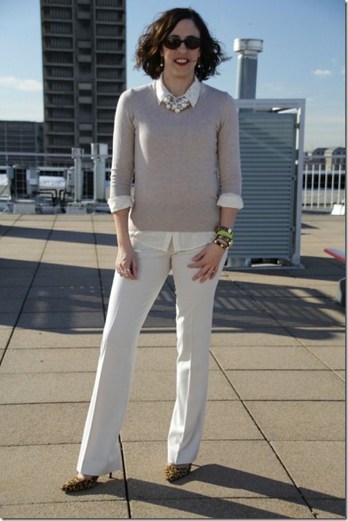 Loop Looks, Chicago style blogger, winter white pants, tan sweater ...
