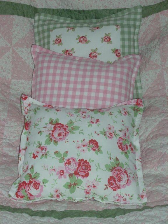 I love cushions!!