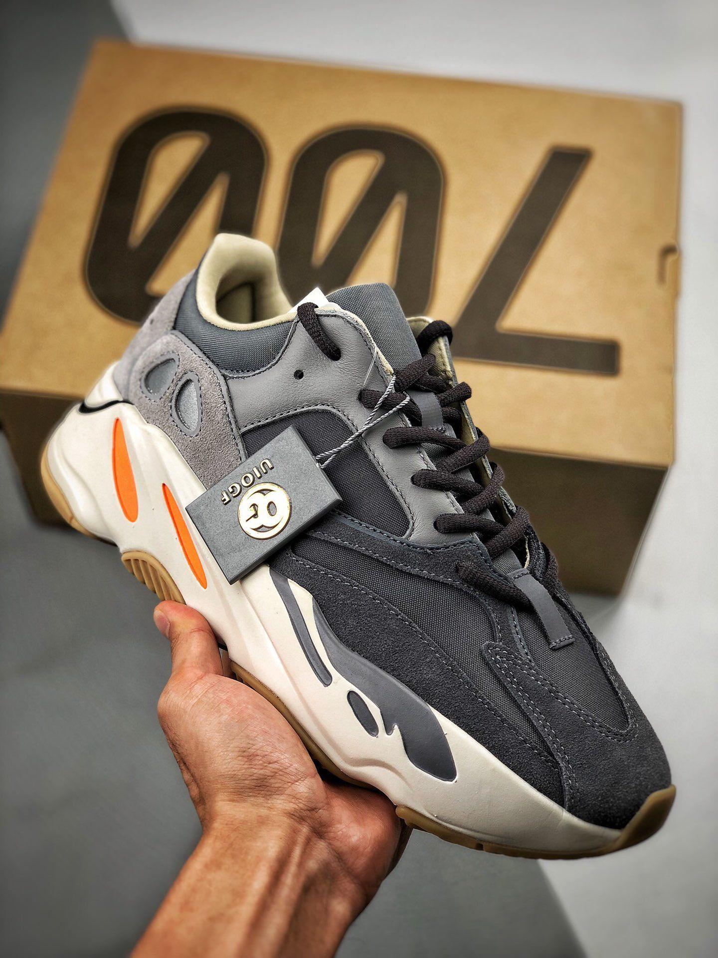 Sneaker Online 收藏于 Yeezy Style