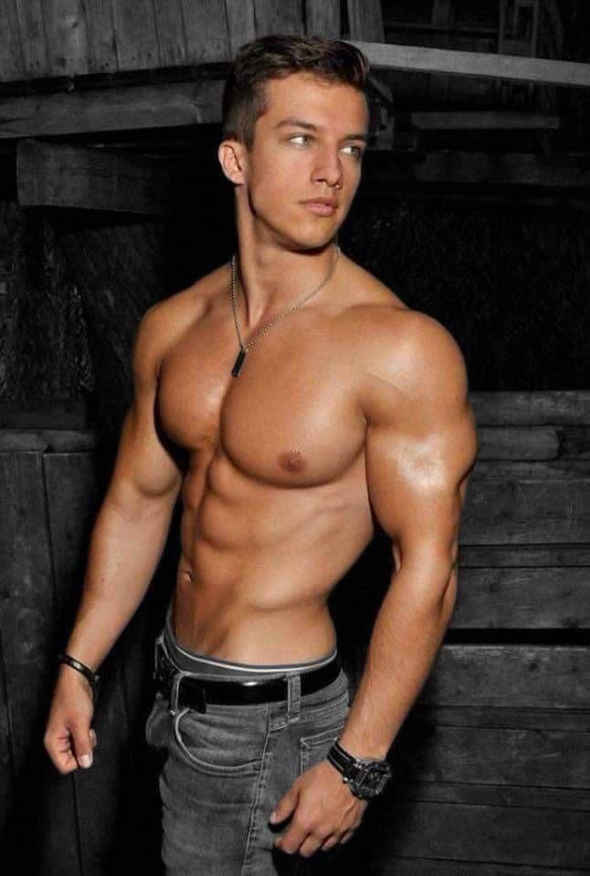 Pin on Muscular Guys