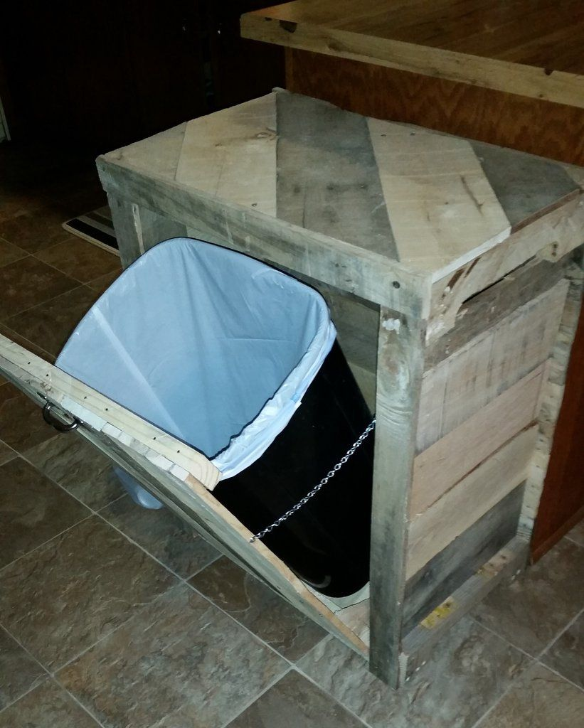 Trash can holder (single) | Kitchens, Backyard and Patios