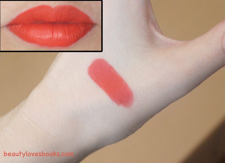 The Kendall Jenner lipstick: Estée Lauder Pure Color Envy