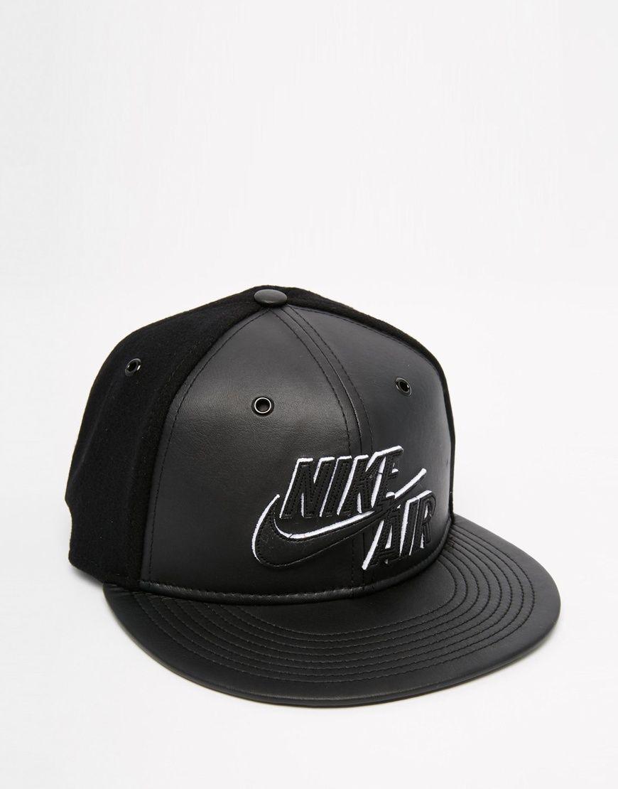nike air snapback black