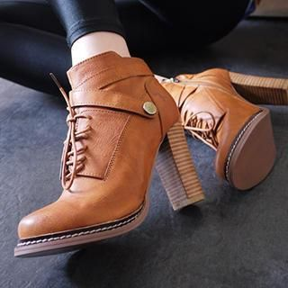 Buy 'SV Footwear – Lace-Up Chunky Heel Boots' with Free International Shipping at YesStyle.com. Browse and shop for thousands of Asian fashion items from China and more!