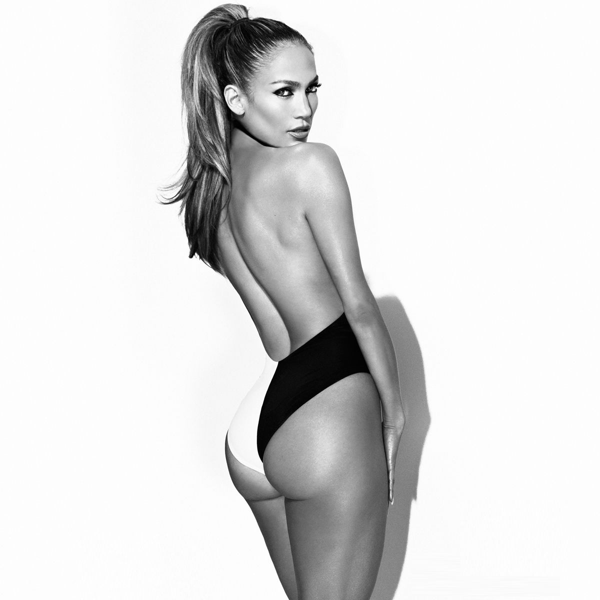 144464eb6b She looks amazing! Mom of twins and in great shape. Definitely inspiring!  Home - Jennifer Lopez