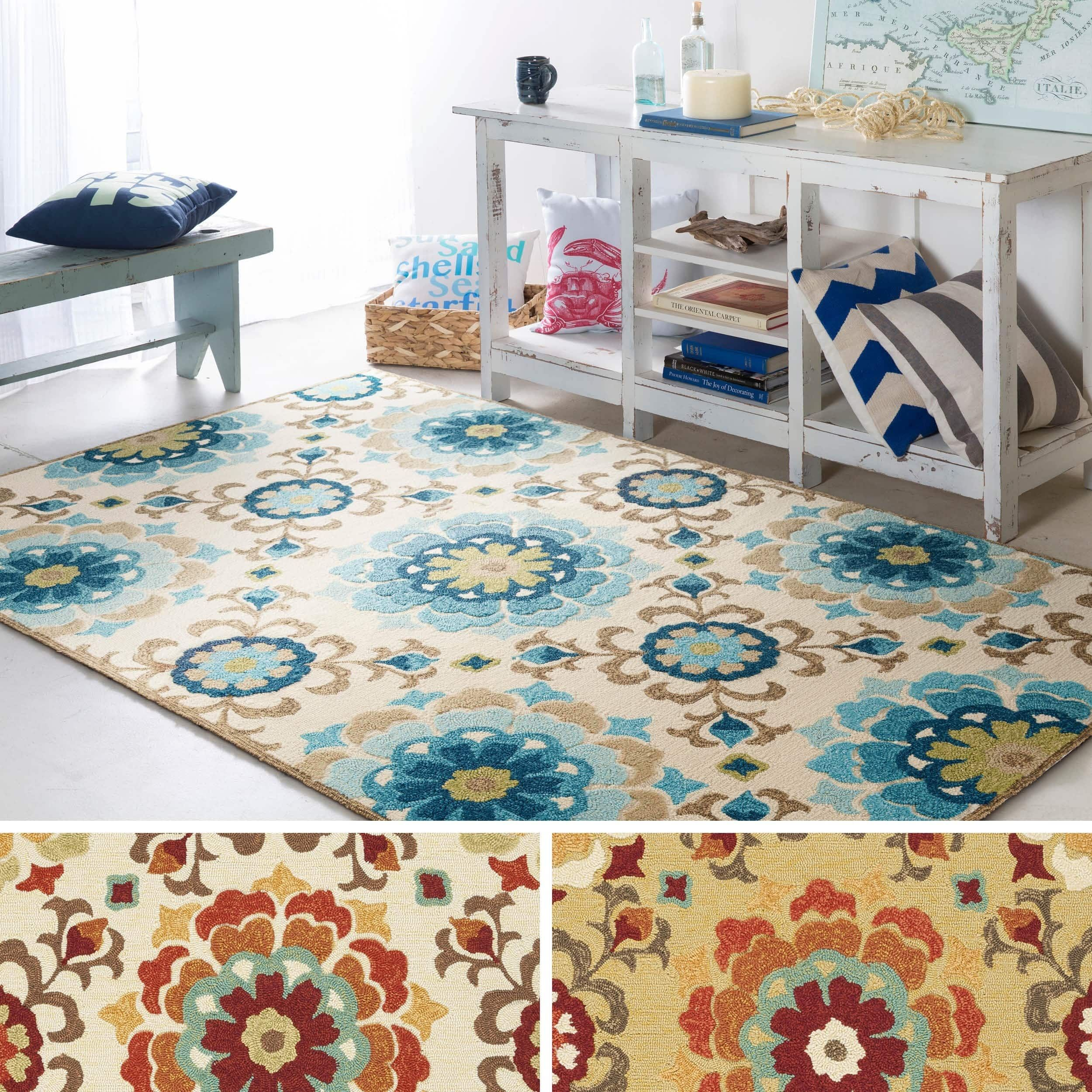 Hand Hooked Doral Indoor Outdoor Floral Medallion Rug Sky Blue 3 3