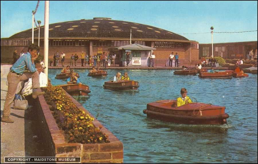 folkestone the boating pool folkestone then now. Black Bedroom Furniture Sets. Home Design Ideas