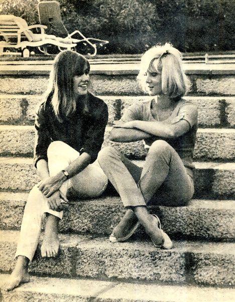 Francoise Hardy and Sylvie Vartan