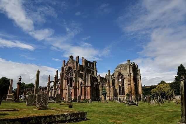 Melrose Abbey Top 10 Best Places To Visit In Scotland Http Www