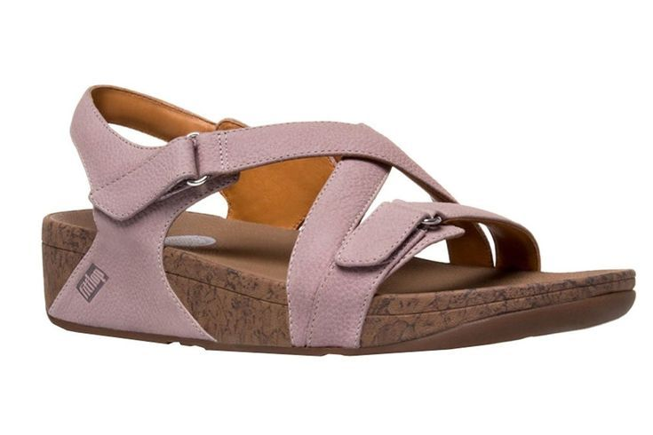 The 9 Best Walking Sandals Of 2020 Walking Sandals Best Walking Sandals Most Comfortable Sandals