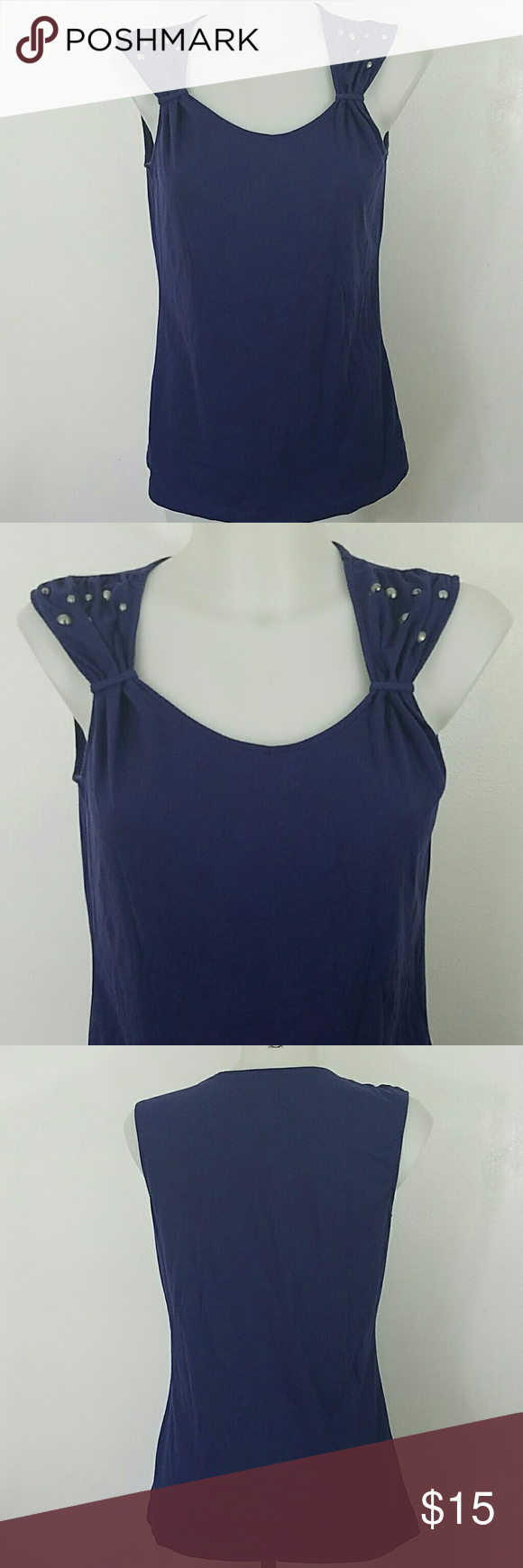 """Ariat Tank Top Ariat Tank Top. In great condition. Size medium.  Bust 36"""" Length 26"""" Ariat Tops Tank Tops"""