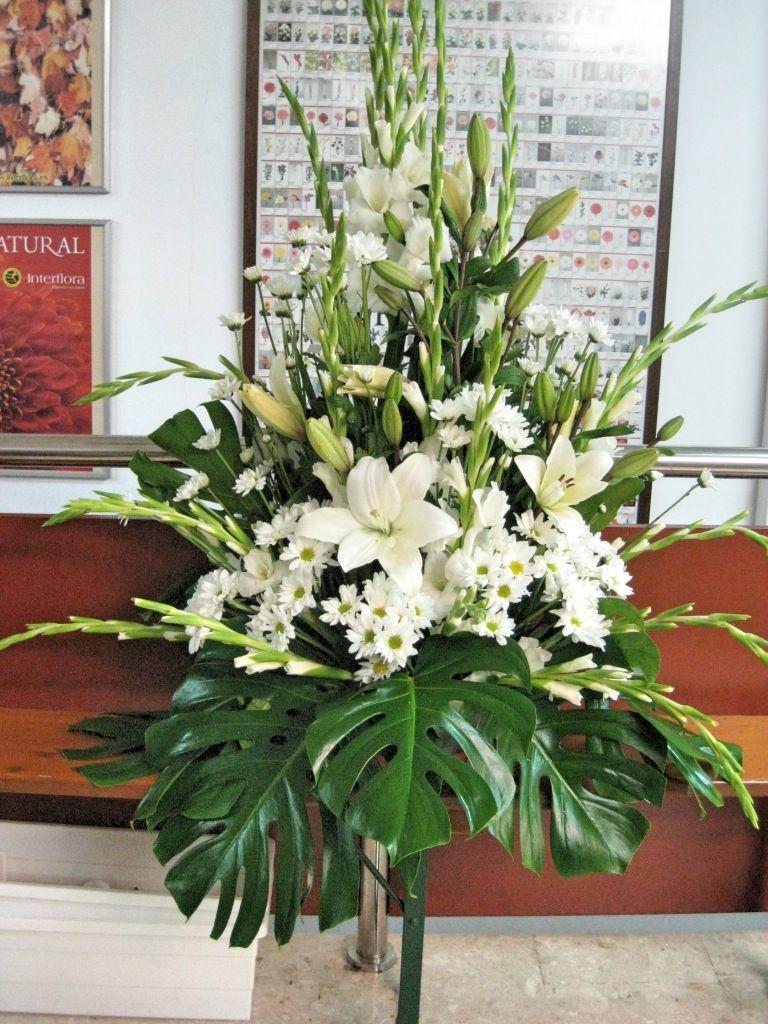 Arreglo iglesia boda decoracion boda - Arreglos de flores para bodas ...