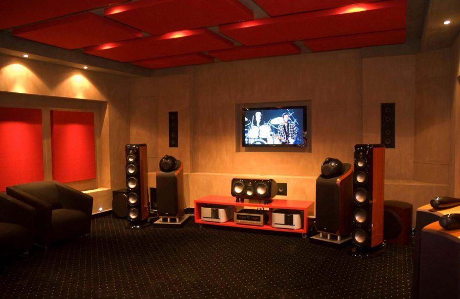 Stylish Home Theater Design With Wooden Wall