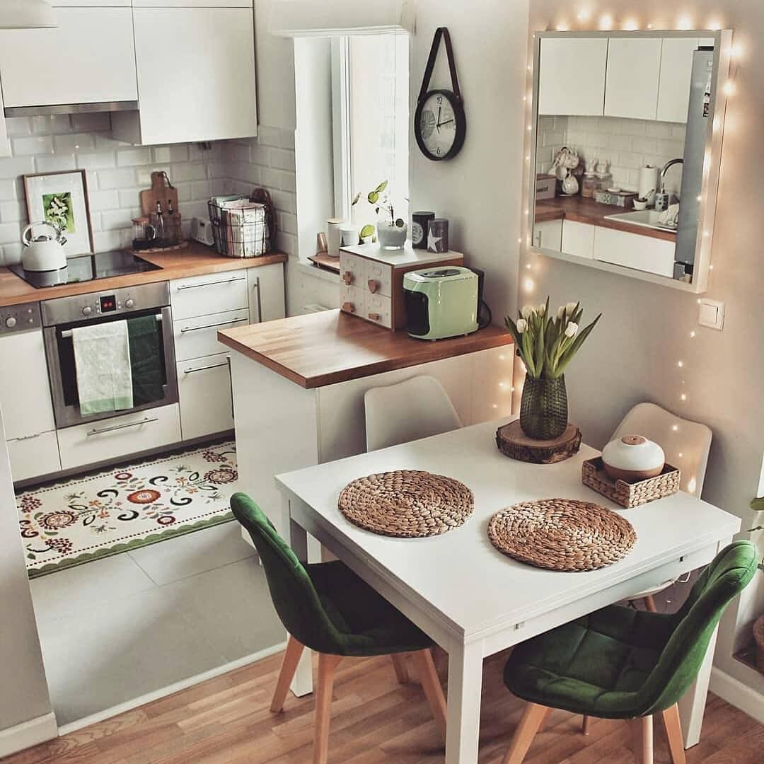 Pin By Astri Abyanti On Home Living Small Apartment Kitchen Kitchen Design Small Home Decor Kitchen