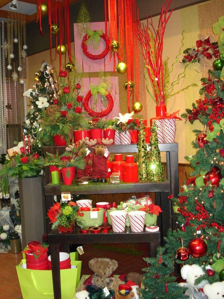 Oformlenie Vitriny Cvetochnogo Magazina K Novomomu Godu Christmas
