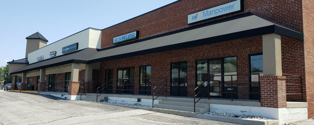 Commercial Awnings Over A Business Center Business Centre House Styles Awning