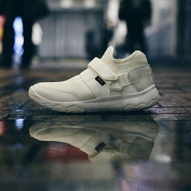 Teva Arrowood Evo WP: White   Shoe