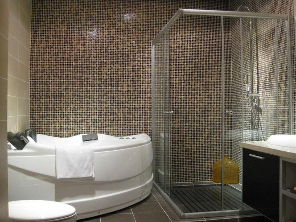 Pin By Hendro Birowo On Modern Design Low Budget Bathroom