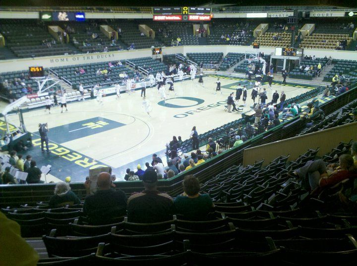 Mac Court Eugene Oregon Ncaa Basketball Old Home Of The Ducks And A Pure Slice Of Heaven Oregon Ducks Ncaa Basketball Oregon
