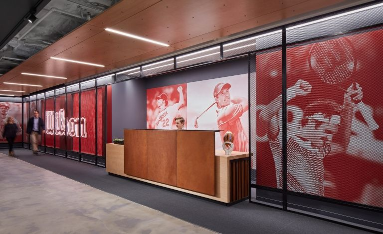 Office Tour Wilson Sporting Goods Offices Chicago