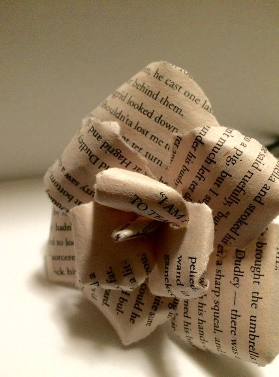Small Harry Potter Paper Flowers by 3CatsCraft on Etsy