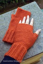 Risultati immagini per tutorial guanti senza dita uncinetto