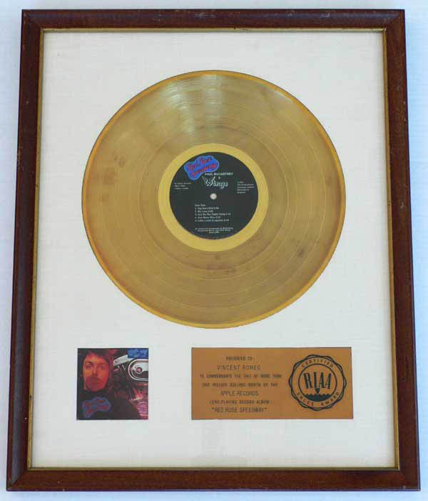 Paul Mccartney White Matte Riaa Gold Record Award Recordmecca Paul Mccartney Paul Mccartney And Wings Apple Records