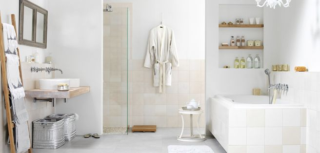 Landelijke badkamer met houtelementen | Badkamer | Pinterest | Wall ...