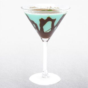 Mint Chocolate Peppermintini Recipe Receipes Mint