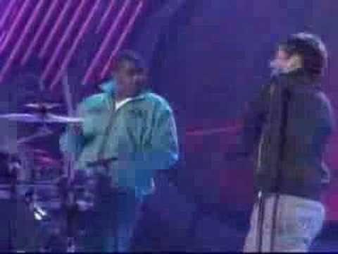 Blake Lewis - You Give Love a Bad Name - Amer. Idol Season 6