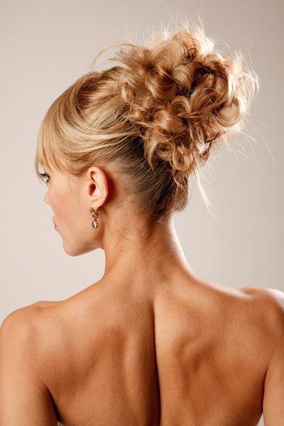 lockerer dutt - hochsteckfrisuren für lange und mittellange haare